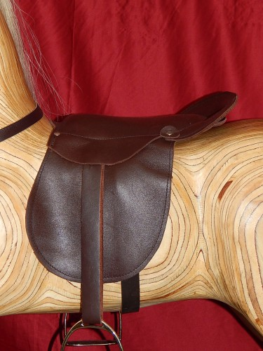 Medium saddle