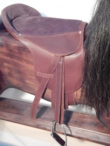 Deluxe Saddle in Brown